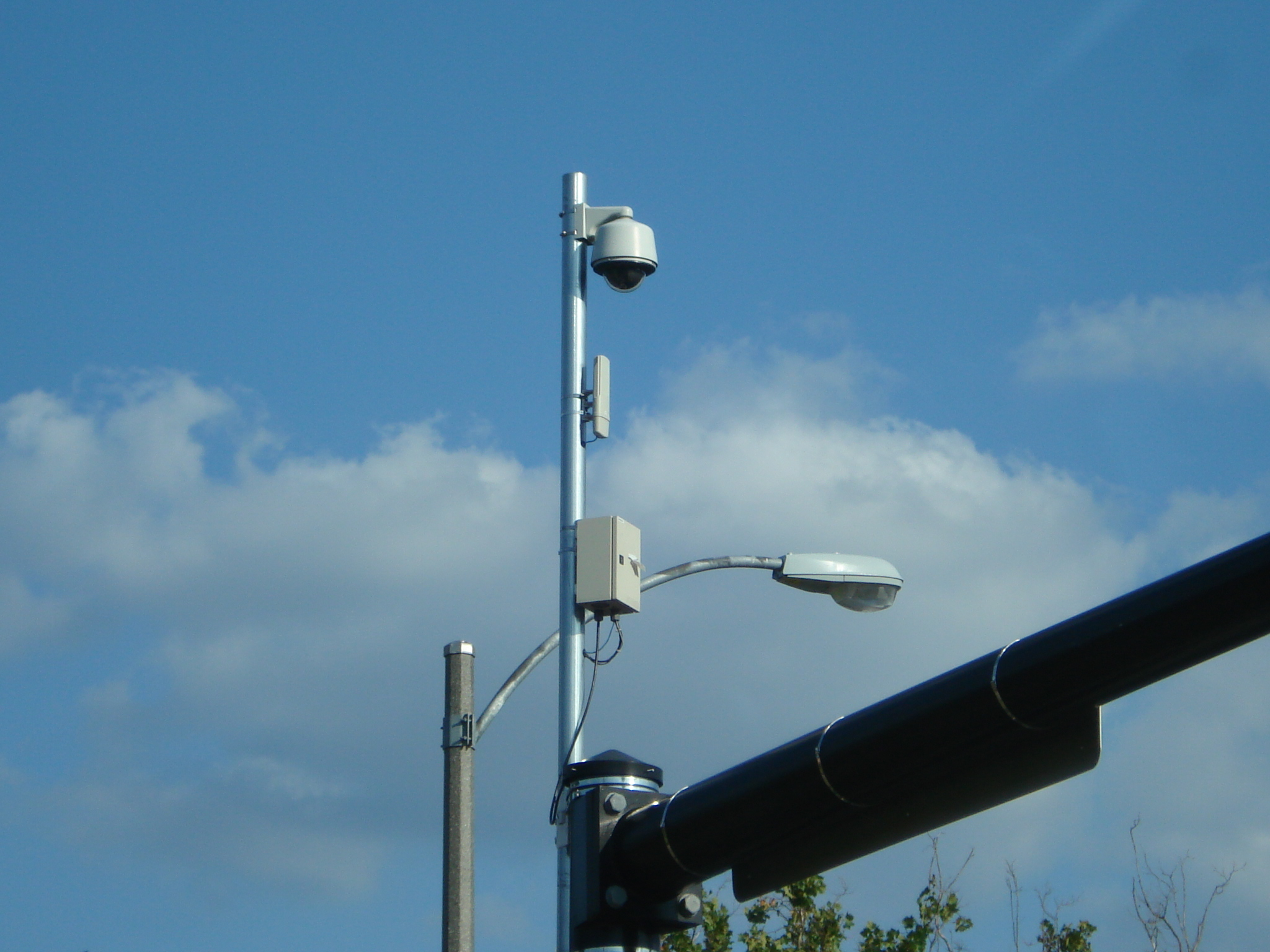 WIreless IP PTZ  camera-intersection - Detroit
